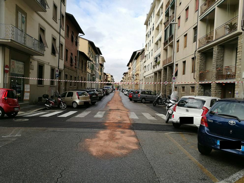 Firenze Incidente In Via Lambruschini Forti Ripercussioni Sul
