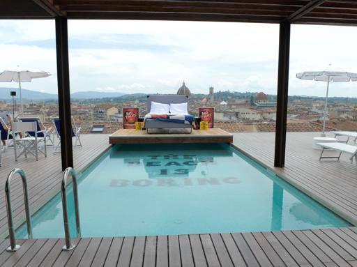 Piscina sul tetto libreria e palestra a firenze inaugura il primo student hotel - Hotel con piscina firenze ...